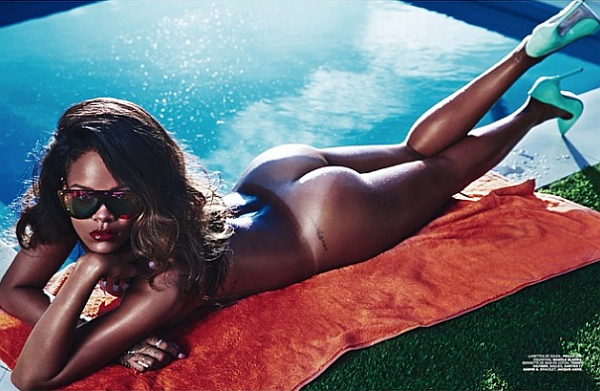 Rihanna-Lui-magazine-ass-nude-naked-porn-boobs