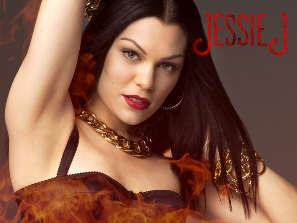 Jessie-j-Burnin-Up-600x450