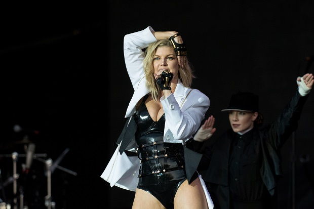 LISBON, PORTUGAL - MAY 20:  Fergie performs on Mundo stage at Rock in Rio on May 20, 2016 in Lisbon, Portugal.  (Photo by Pedro Gomes/Redferns)