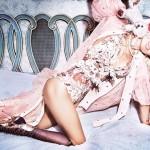 pia-mia-sexy-paper-magazine-9-compressed