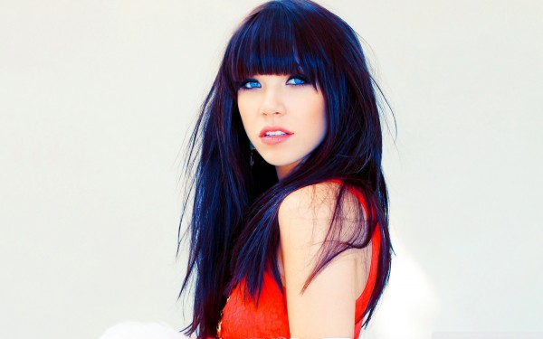 ws_Carly_Rae_Jepsen_Blue_Eyes_1920x1200