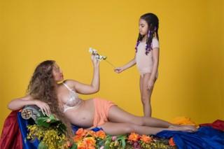 beyonce-nude-pregnant-12-1486065758