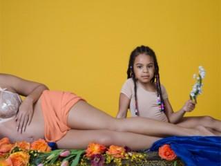 beyonce-nude-pregnant-8-1486065738