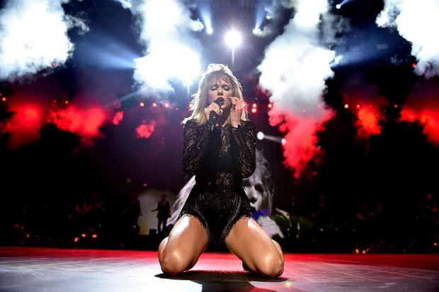 taylor-swift-houston-1486304112